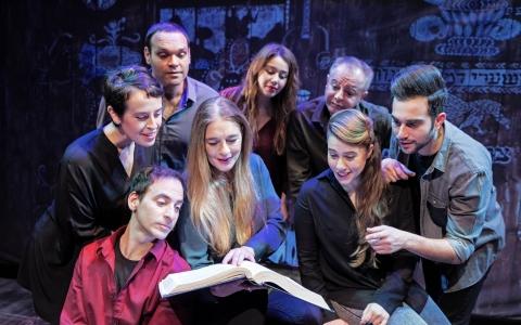 """Only fool are sad"" / Teatr Yiddshpiel  / zdj. z archiwum teatru"