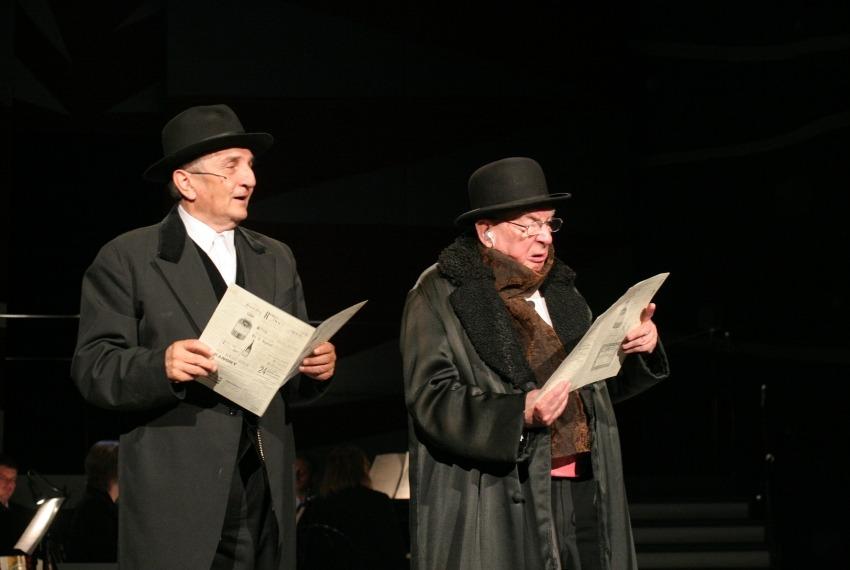 Żyć, nie umierać! / reż. Szymon Szurmiej / fot. Jacek Barcz / na zdjęciu Szymon Szurmiej i Wojciech Wiliński