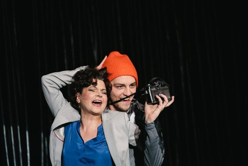 Wielka wygrana / reż. Tomasz Szczepanek / fot. A.Wencel / na zdjęciu Monika Soszka i Piotr Chomik