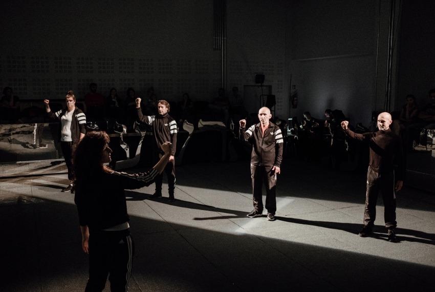 Kibice / reż. Michał Buszewicz / fot. B.Warzecha / zdjęcie zbiorowe