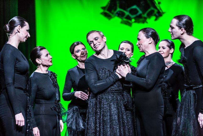 Wiera Gran / reż. Jędrzej Piaskowski / zdjęcie zbiorowe